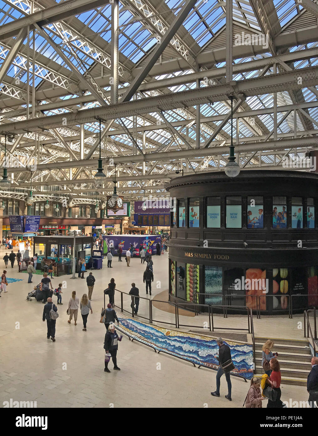 Glasgow Central Mainline Railway Station, Gordon Street, Glasgow, Scotland, UK - Stock Image