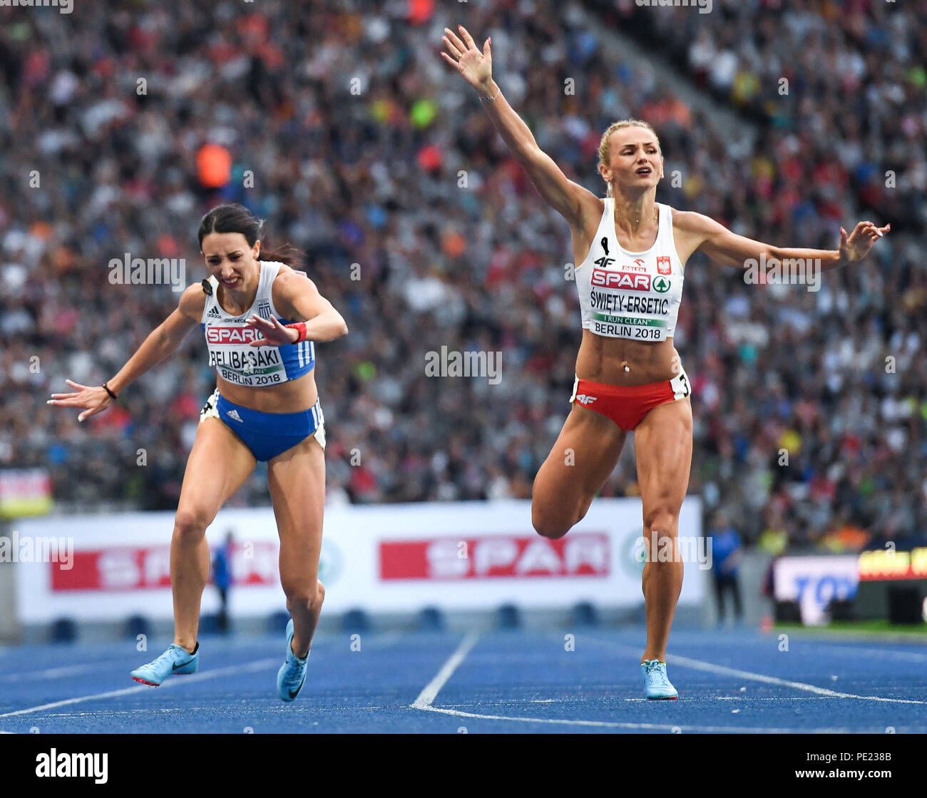 Berlin, Germany. 11th Aug, 2018. European Athletics Championships in the Olympic Stadium: 400 m finals, women: (L-R) Maria Belibasaki from Greece and Justyna Swiety-Ersetic from Poland in action. Credit: Sven Hoppe/dpa/Alamy Live News - Stock Image