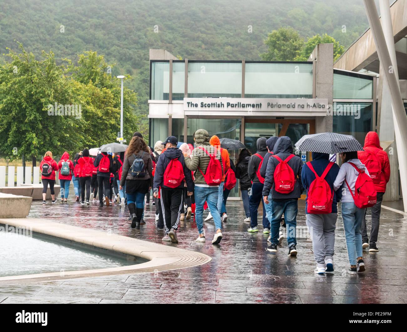Walking Tour Edinburgh Stock Photos & Walking Tour Edinburgh Stock