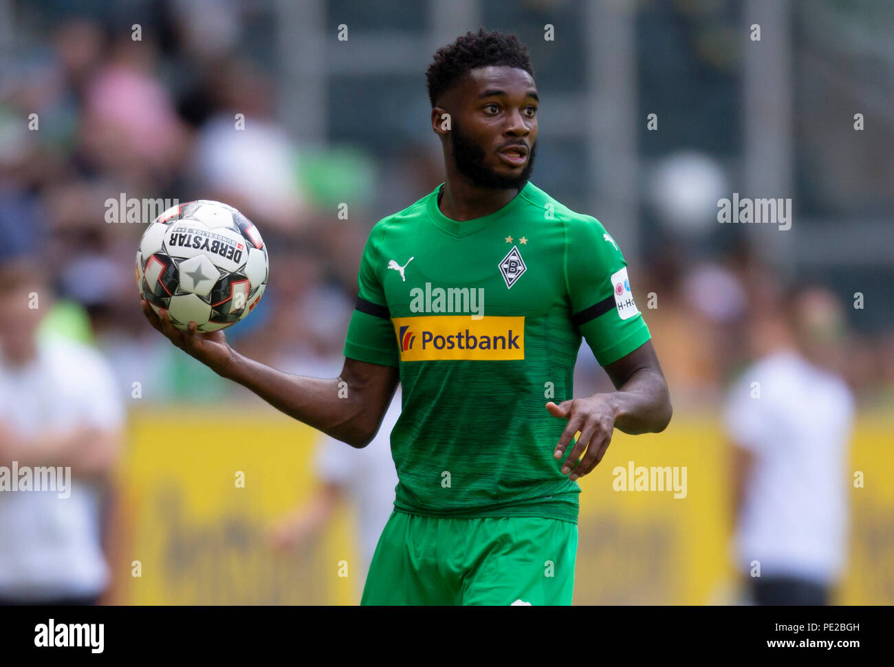 Moenchengladbach, Germany August 12 2018, friendly match, Borussia Moenchengladbach vs FC Wegberg-Beeck: Mandela Egbo (BMG) schaut.                Credit: Juergen Schwarz/Alamy Live News - Stock Image
