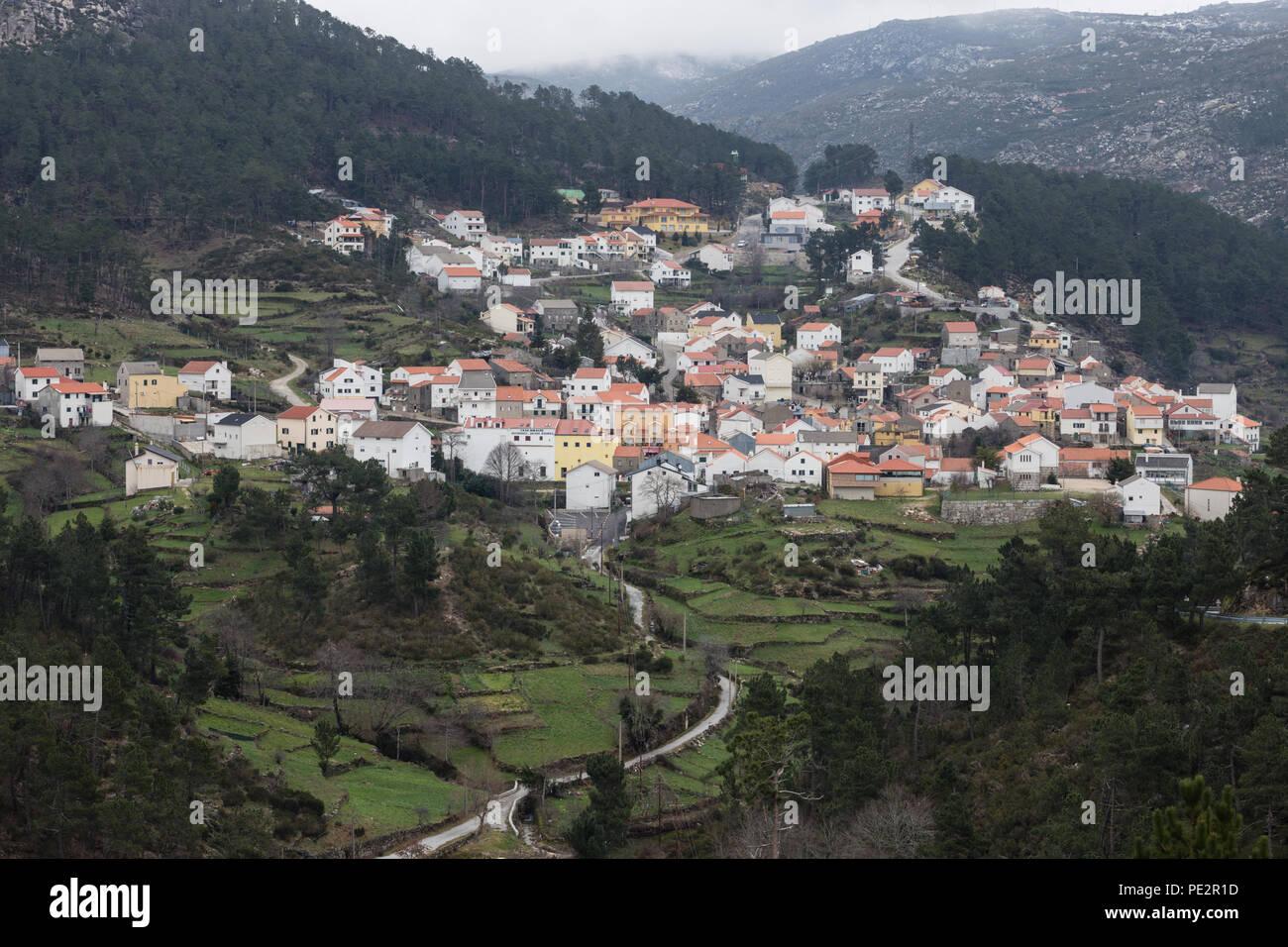 Aldeia mais alta de Portugal, highest village in Portugal, 1050 metres, Sabugueiro, Serra da Estrela, Beira Alta, Portugal. Although this village is c - Stock Image