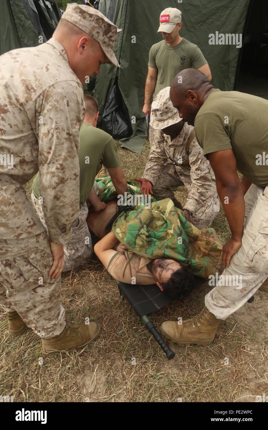 U S Service Members With 2nd Medical Battalion Marine