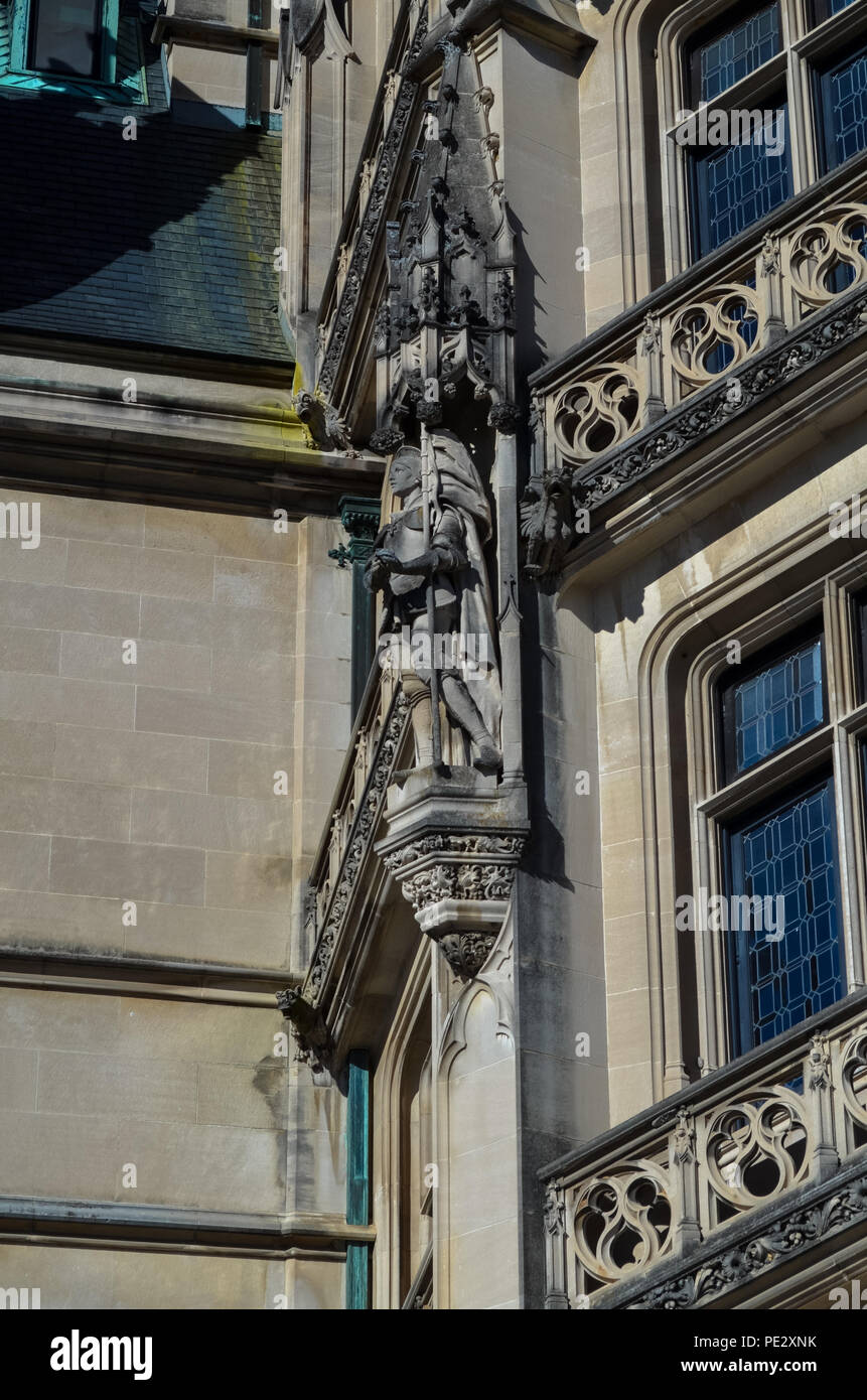 Façade and architectural details of the main house of the Biltmore Estate outside of Asheville, North Carolina, USA - Stock Image