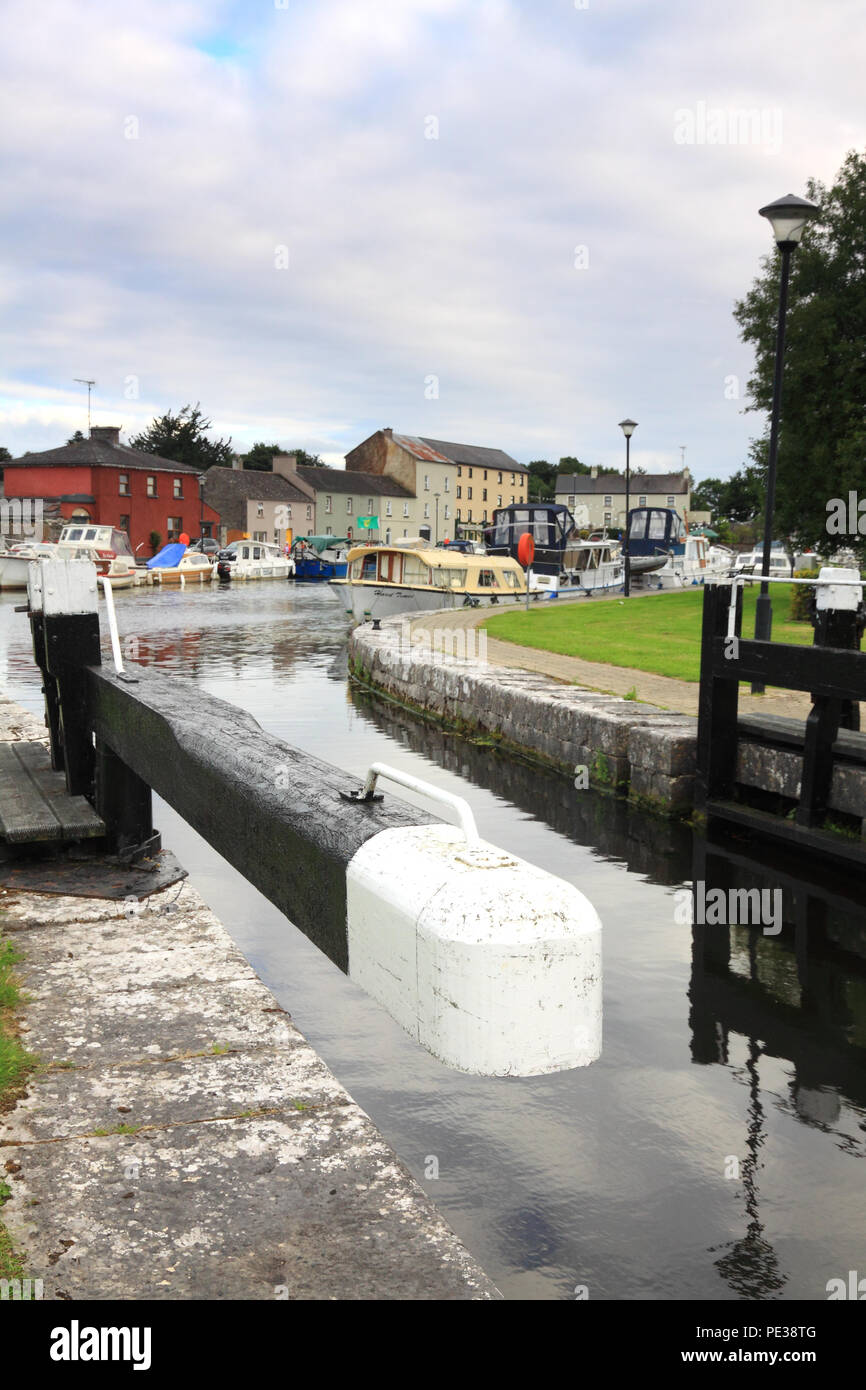 The 46th lock which connects RIchmond Harbour with the Camlin River, County Longford, Ireland - Stock Image