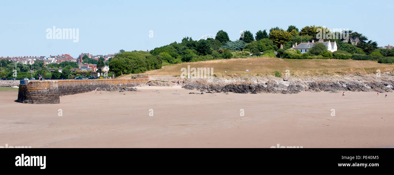 Friars Point House and Old Harbour Breakwater, Barry Island, Wales Stock Photo