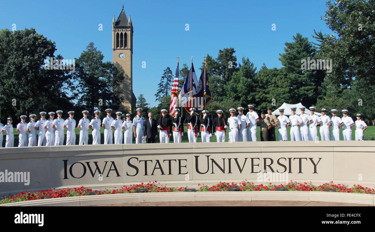 AMES, Iowa, (Sept  2, 2015) -- Secretary of the Navy (SECNAV) Ray