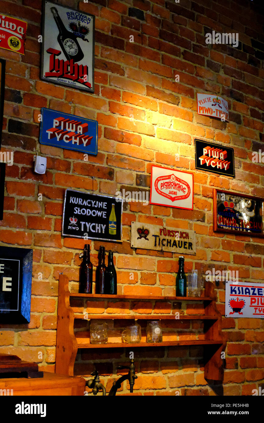 Beer Signage Stock Photos & Beer Signage Stock Images - Alamy