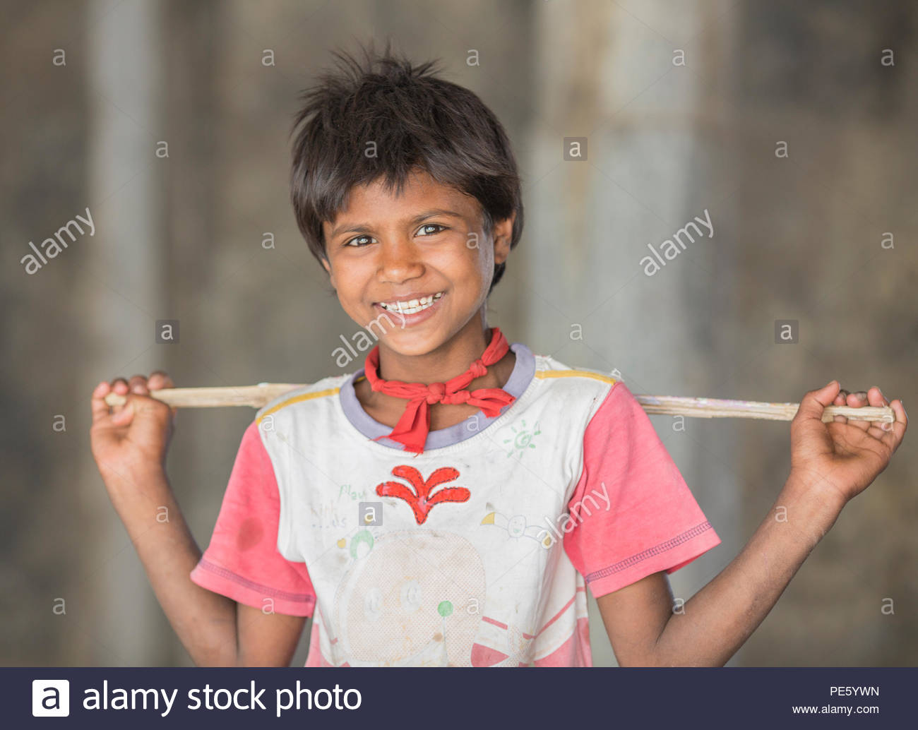 SARNESWARJI, RAJASTHAN INDIA - MARCH 17 , 2016: unidentified happy Indian rural children at their village, Sarneswarji, Rajasthan, India - Stock Image