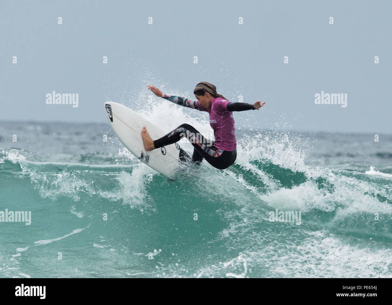 I surfer in french