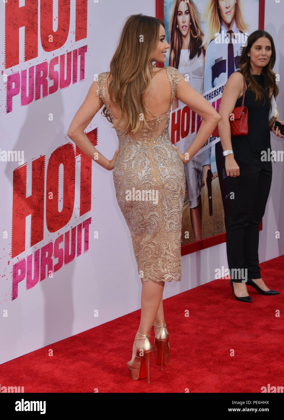 Sofia Vergara 030 At The Hot Pursuit Premiere At The Tcl Chinese Theatre In Los Angeles April 30 2015 Sofia Vergara 030 Event In Hollywood Life