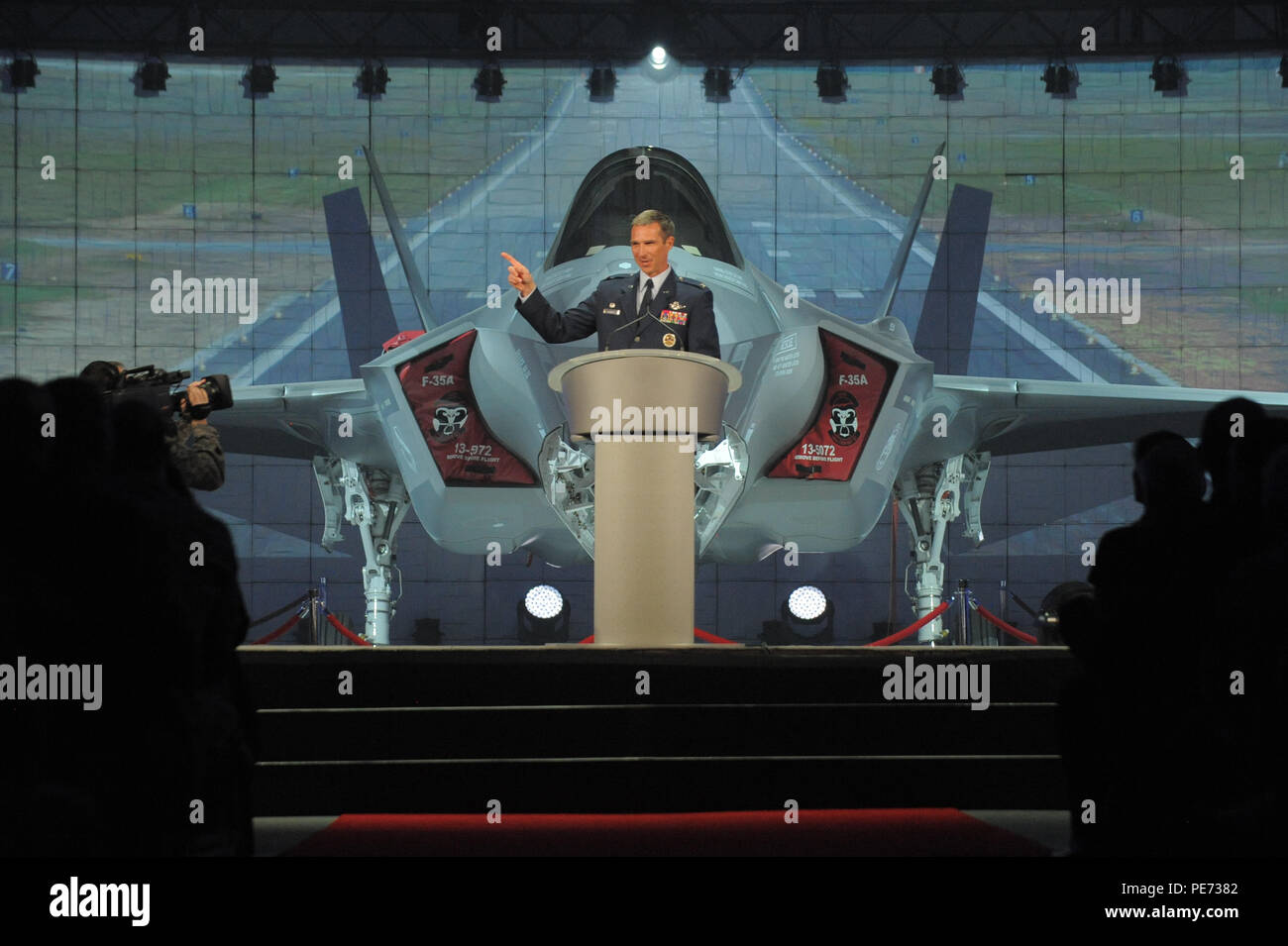 Col Bryan Radliff 419th Fighter Wing Commander Makes Closing