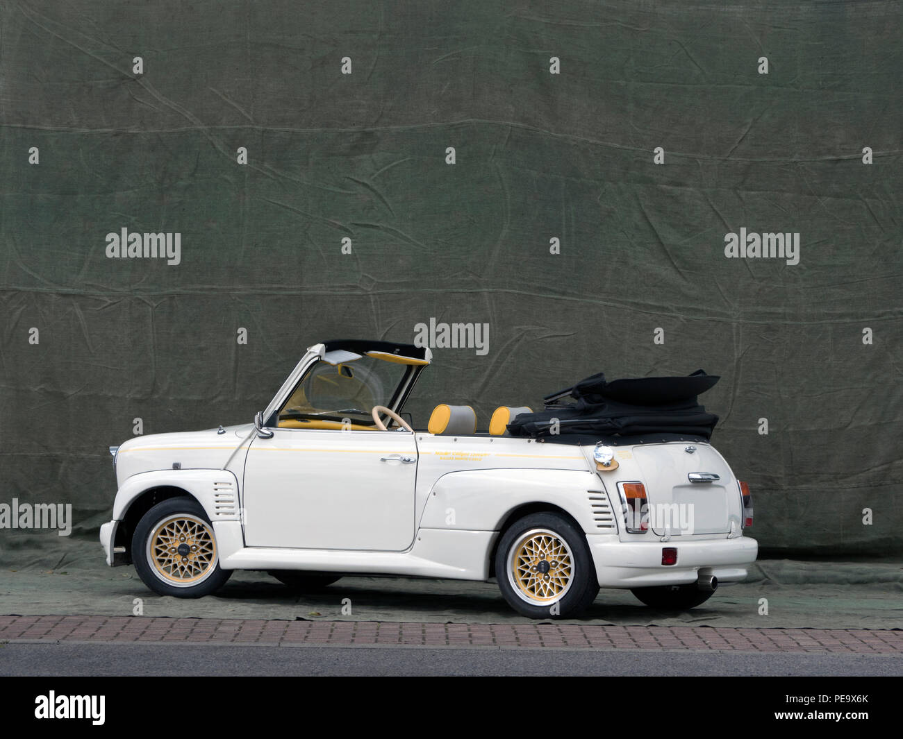 2000 Rover Mini Convertible With A Japanese Body Styling Kit Stock