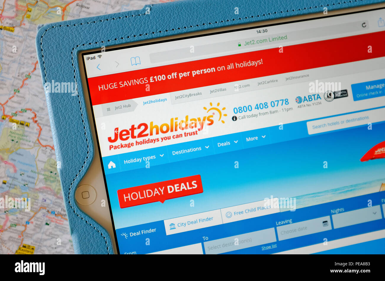 jet 2 holidays website homepage on tablet computer screen - Stock Image
