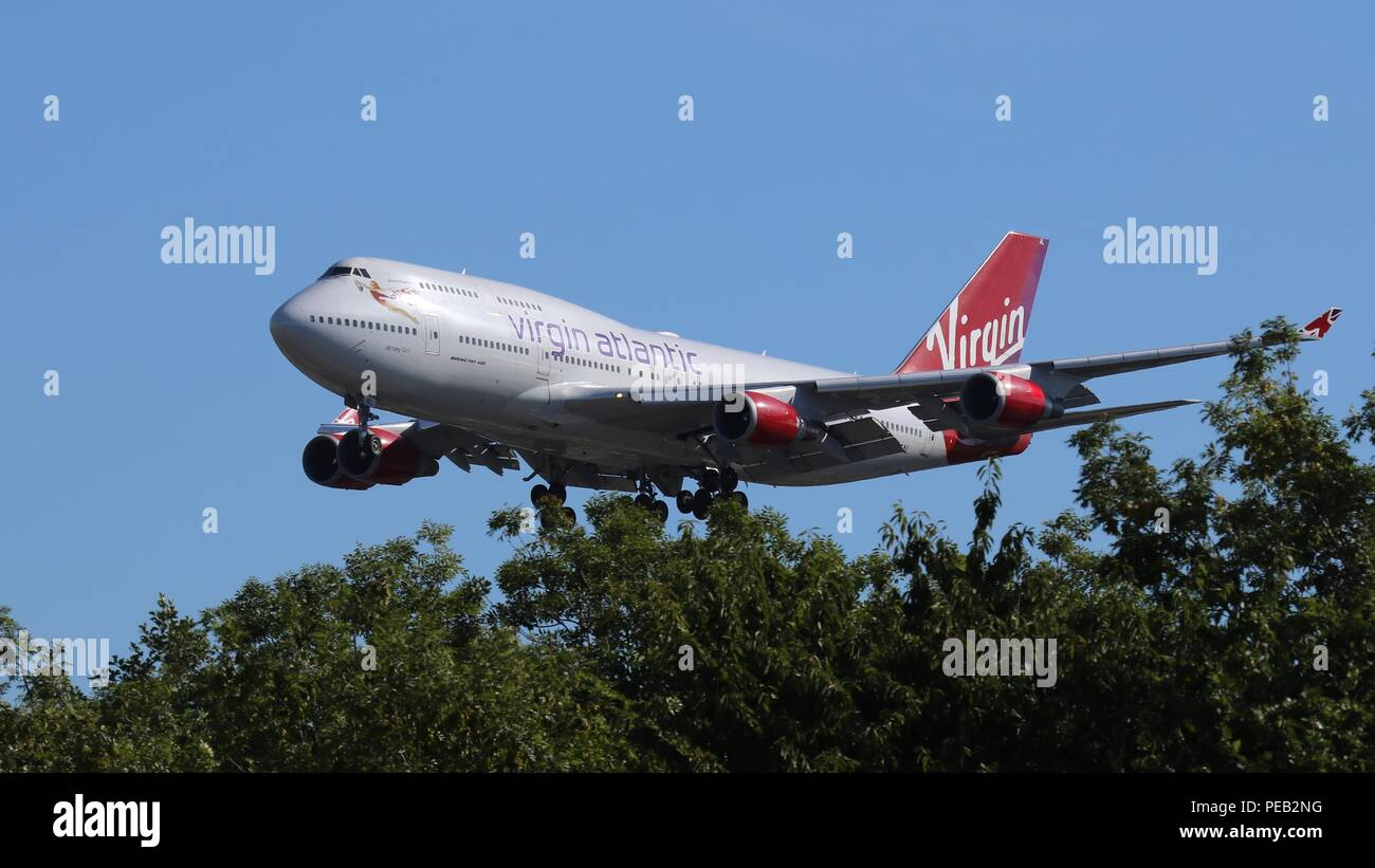 Virgin Atlantic B747-400 G-VGAL on short finals for runway 26L at London Gatwick, LGW EGKK on Saturday 11th August 201 - Stock Image