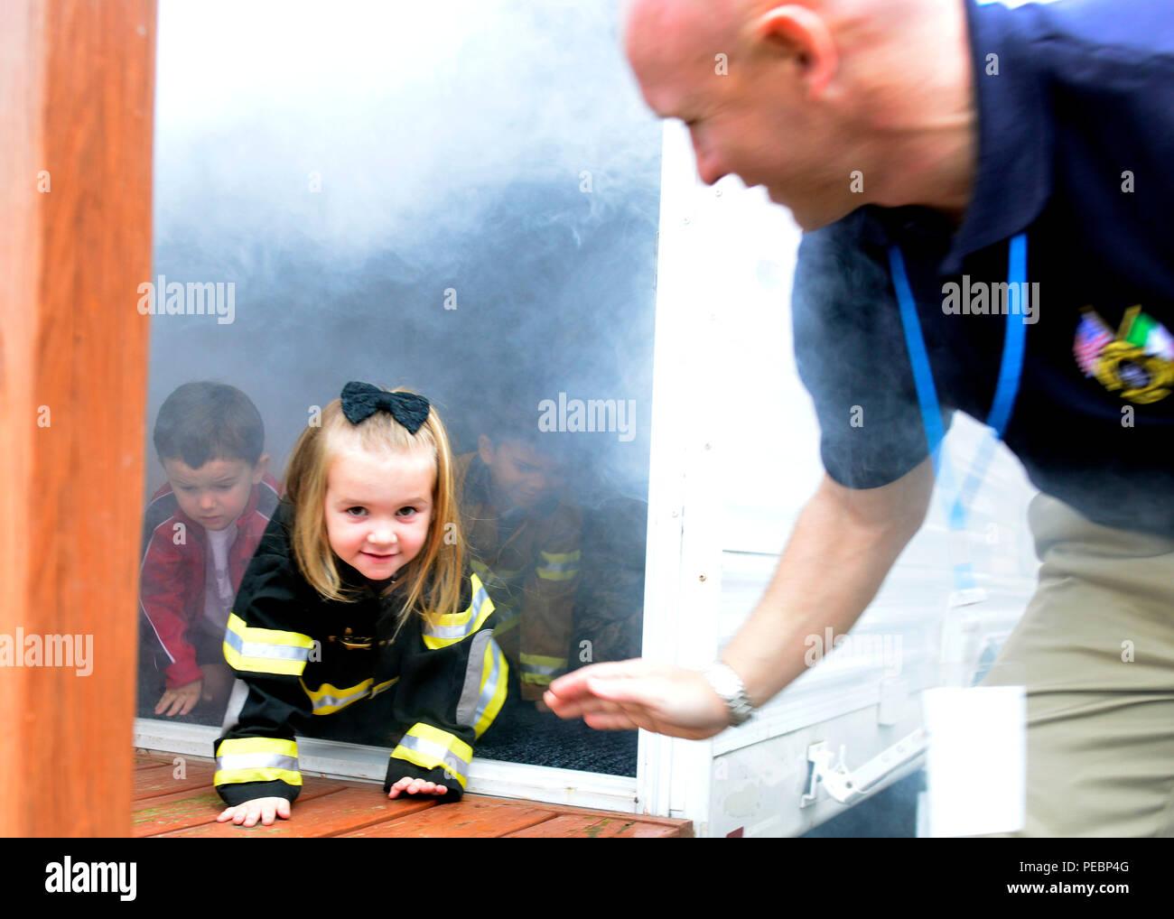 Smoke Detectors Stock Photos & Smoke Detectors Stock Images