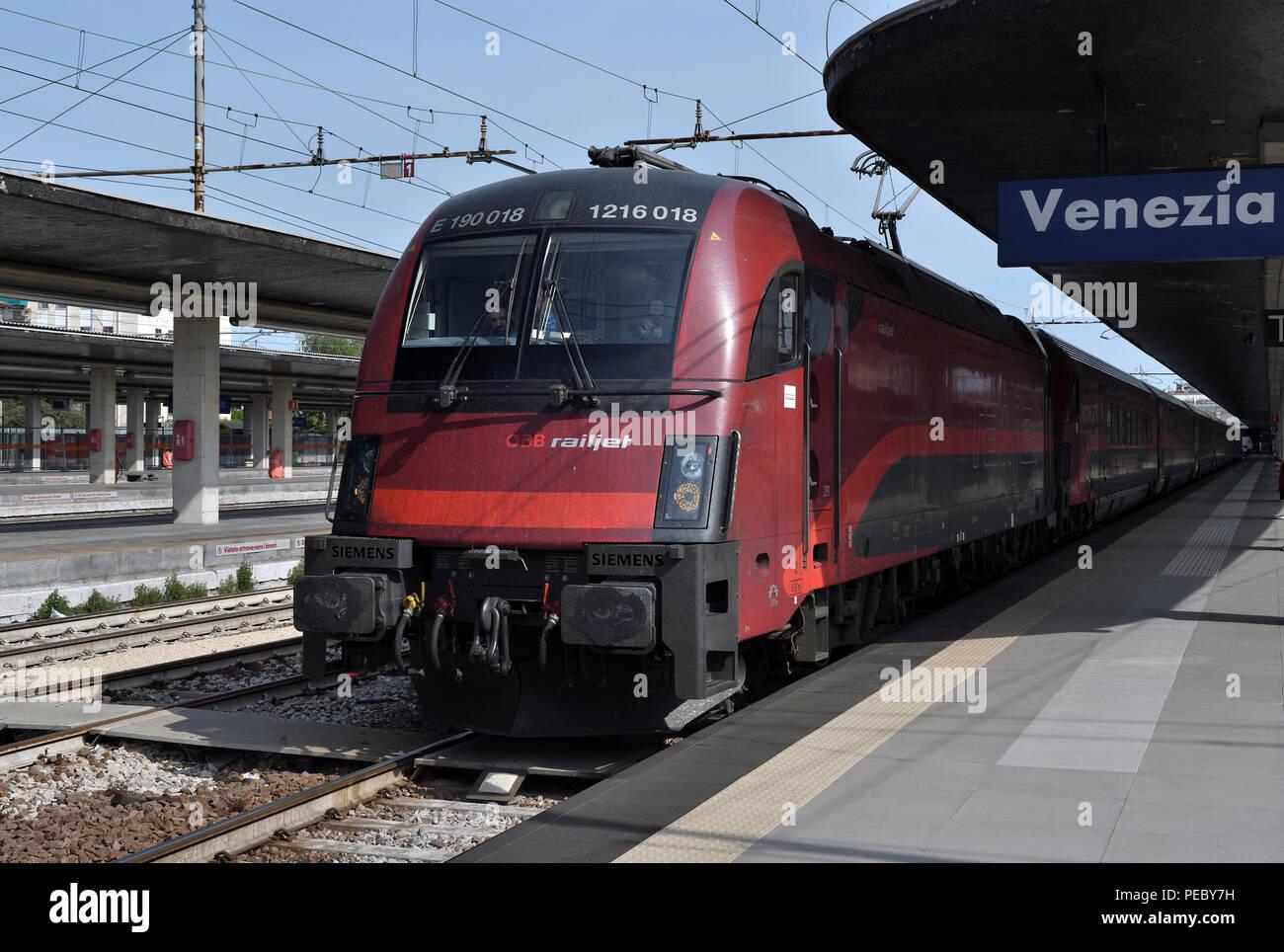 class 1216;eurosprinter;OBB;santa lucia;station;venice;italy