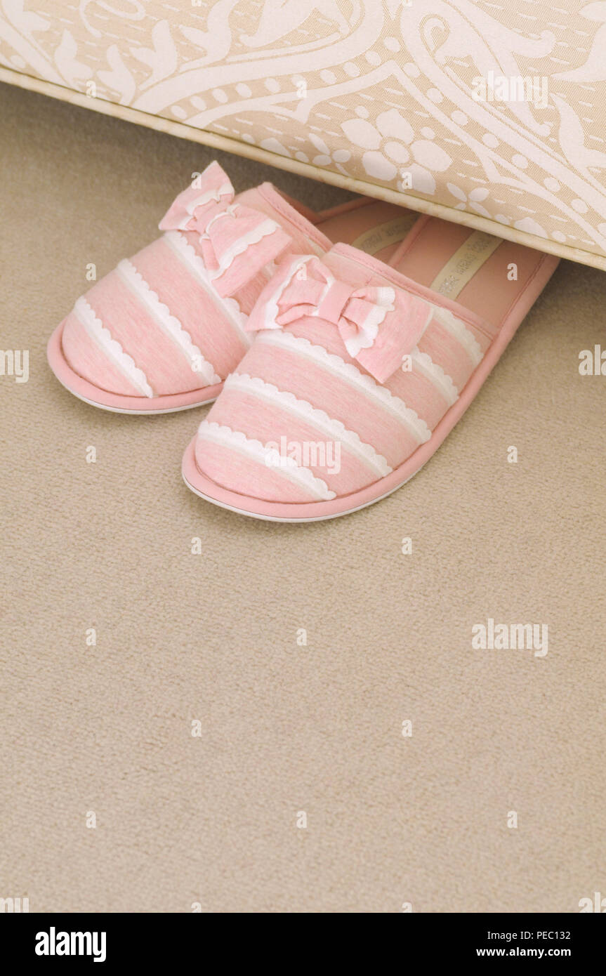 f26c54372 Bedroom Slippers Bed Stock Photos & Bedroom Slippers Bed Stock ...