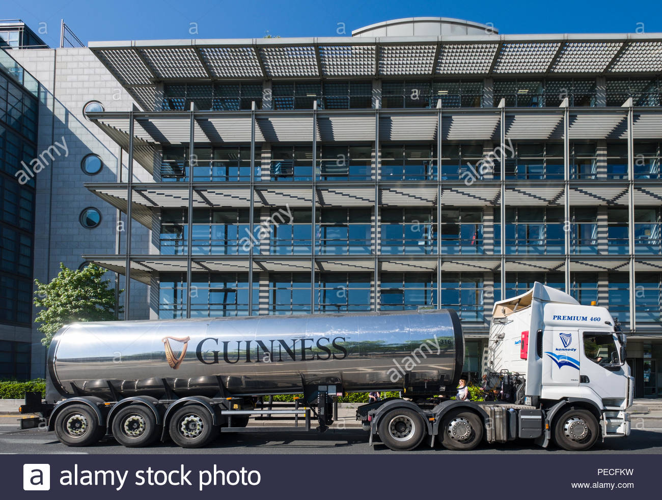 Tanker Trailer Stock Photos & Tanker Trailer Stock Images - Alamy