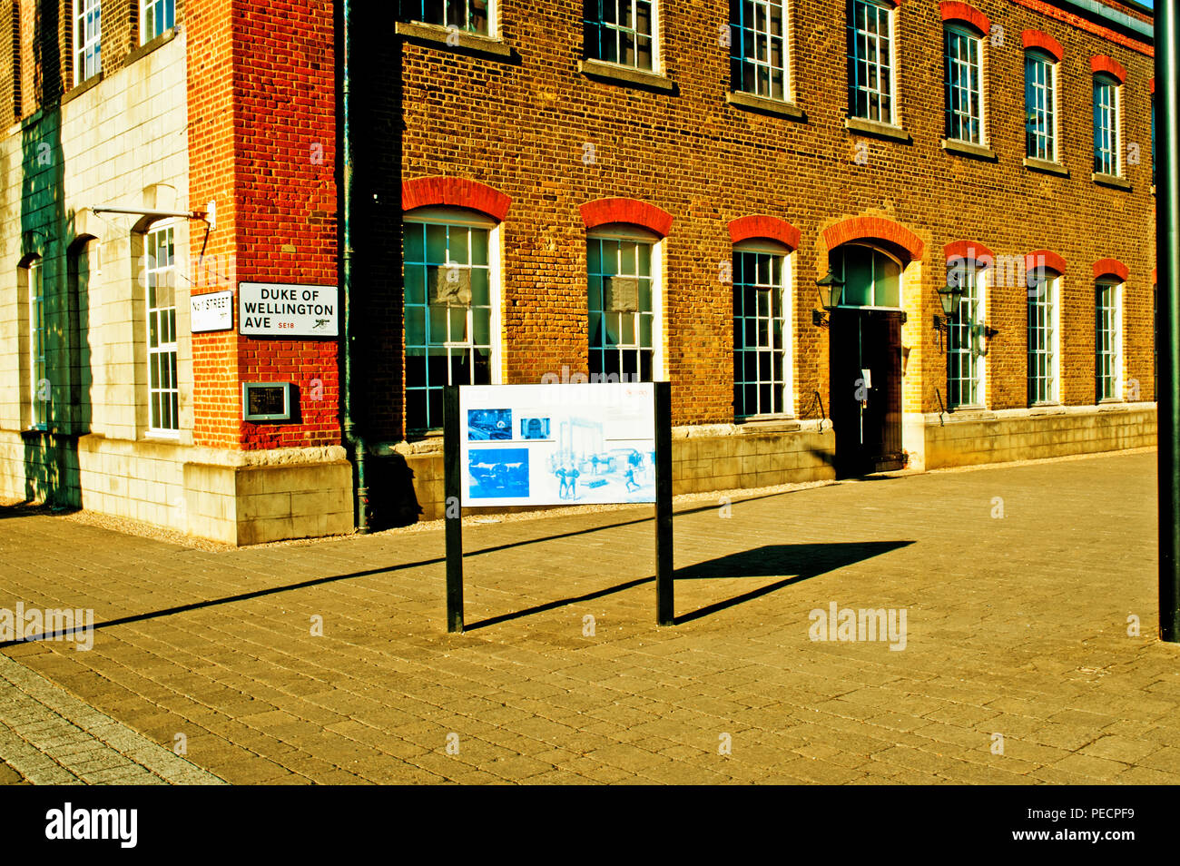 Duke of Wellington Avenue, Royal Arsenal Riverside, Woolwich Arsenal, London, England - Stock Image