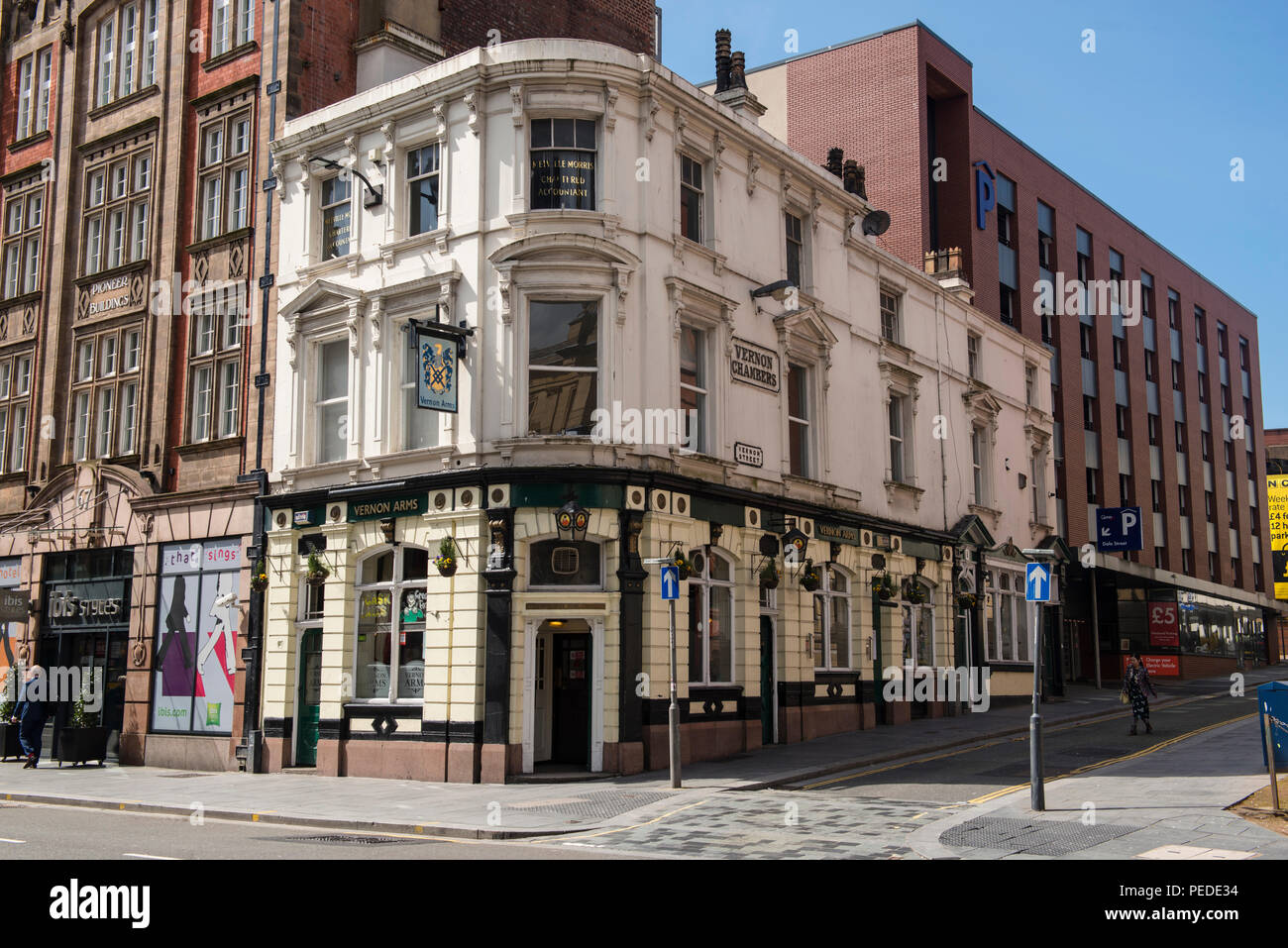 Vernon Arms, a traditional public house on the corner of Vernon Street and Dale Street Liverpool. - Stock Image