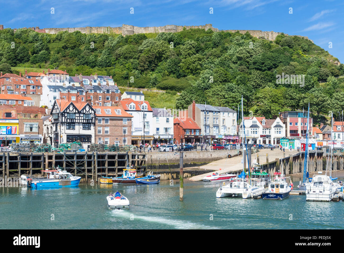 scarborough harbour and marina in south bay scarborough uk yorkshire north yorkshire scarborough england uk gb europe - Stock Image