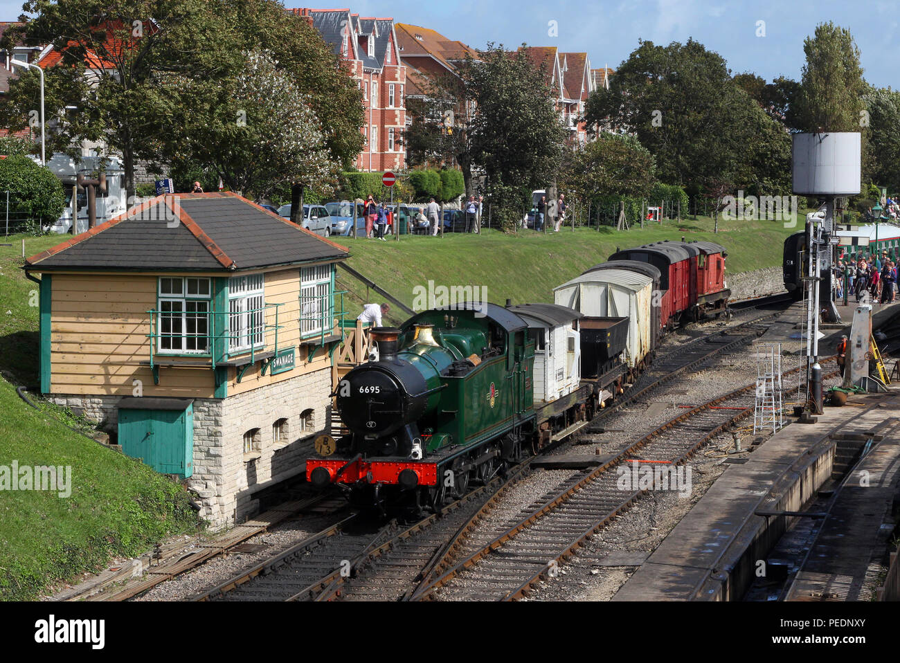 6695 departs from Swanage 11.9.11