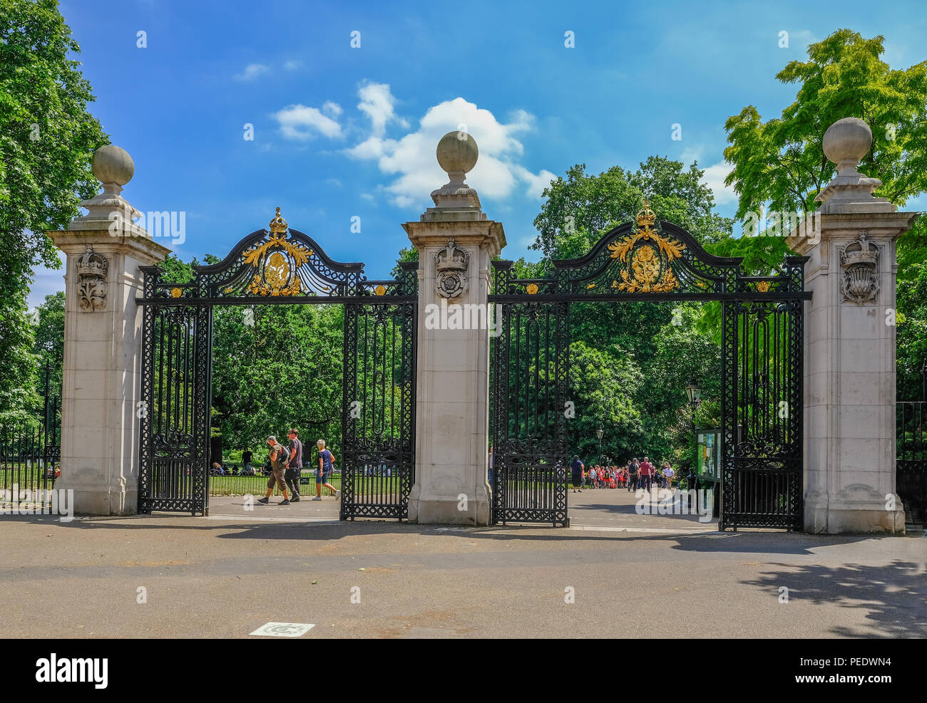 Mall, London, Uk - June 8, 2018:  View of the magnificent Malborough Gates on the Mall in central London, entrance to the park. - Stock Image