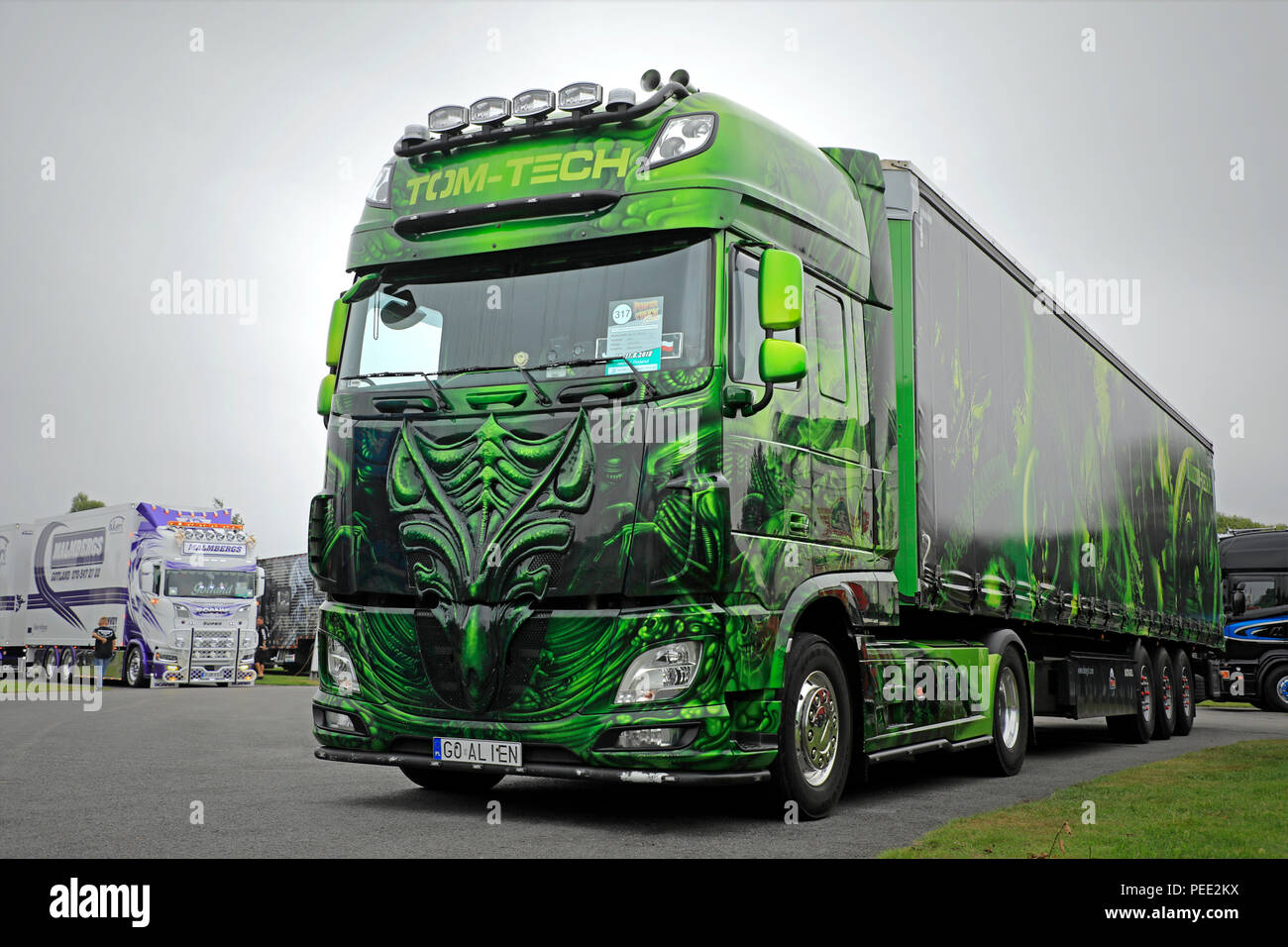 daf trucks stock photos daf trucks stock images alamy. Black Bedroom Furniture Sets. Home Design Ideas