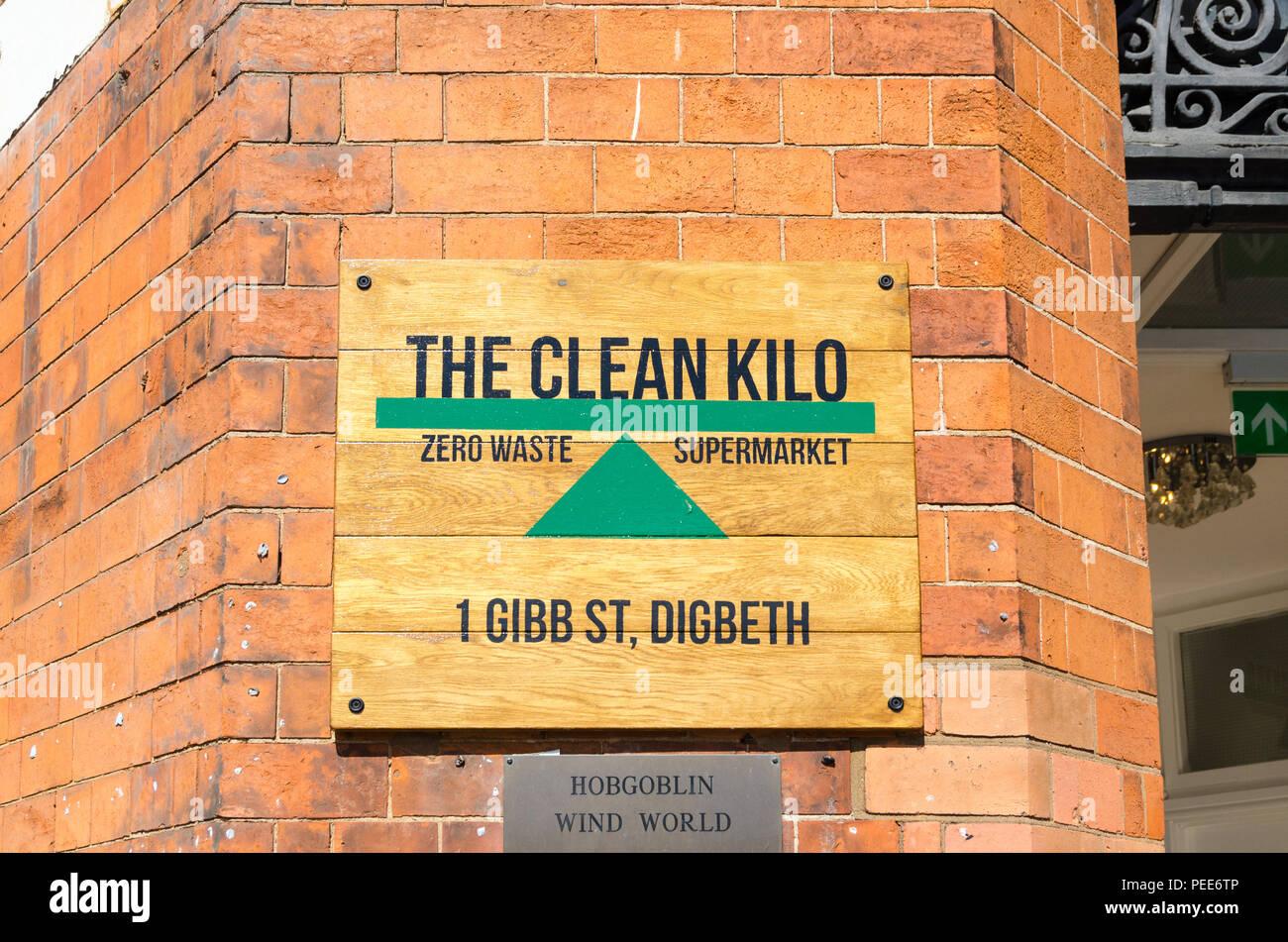 The Clean Kilo zero waste supermarket and food shop in Gibb Street, Digbeth, Birmingham - Stock Image