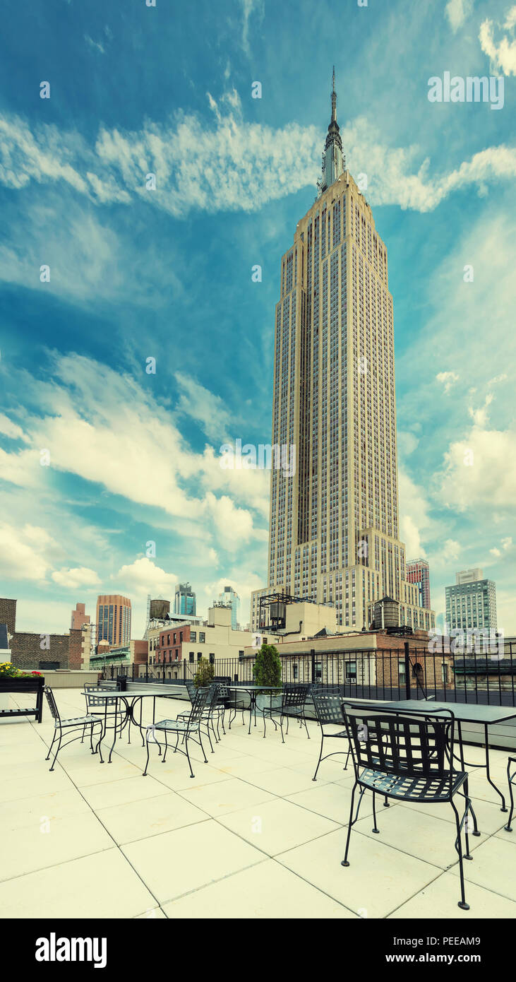 Rooftop cafe, Manhattan, New York. Vintage processed. - Stock Image