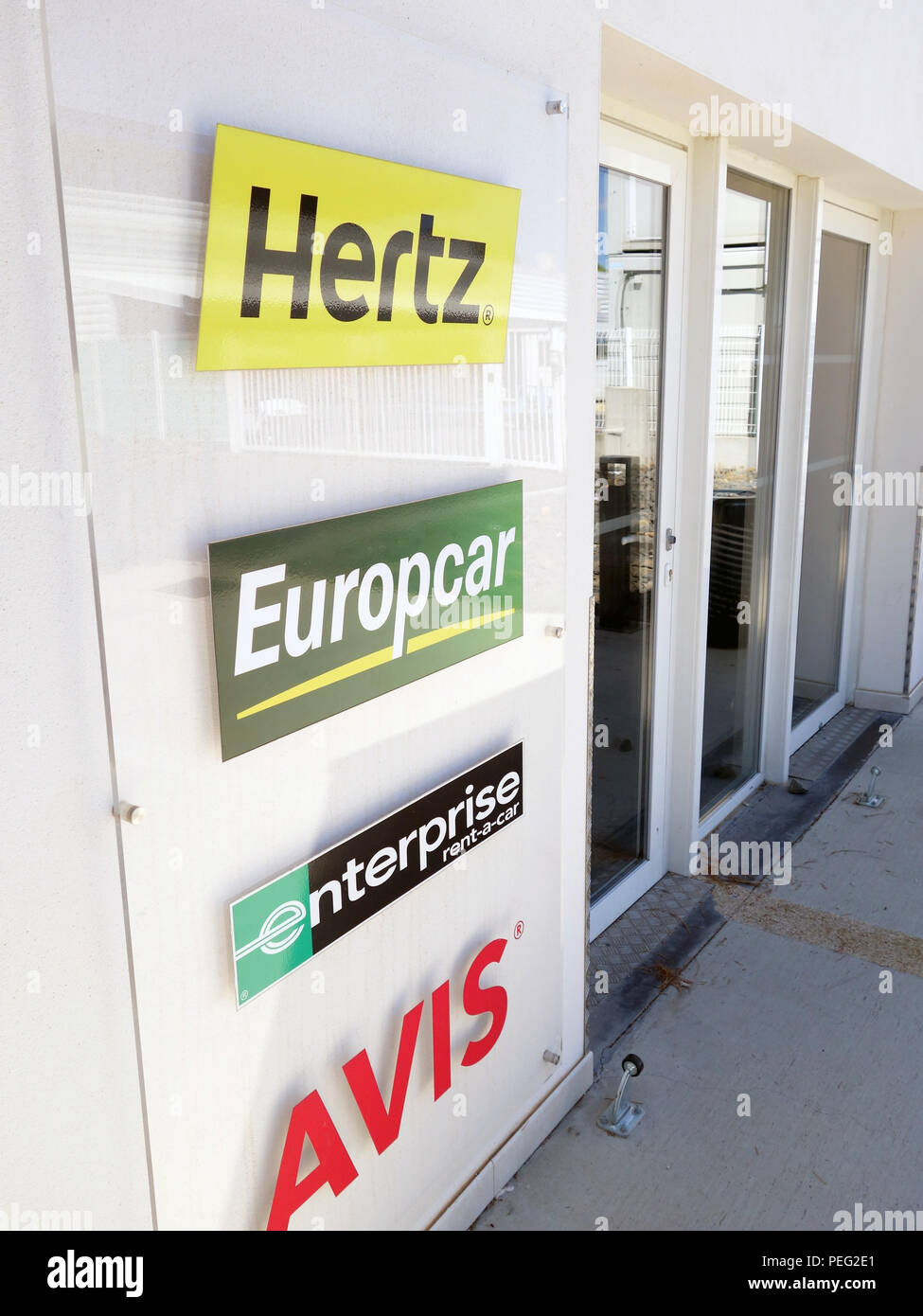Hertz Rental Stock Photos Amp Hertz Rental Stock Images Alamy