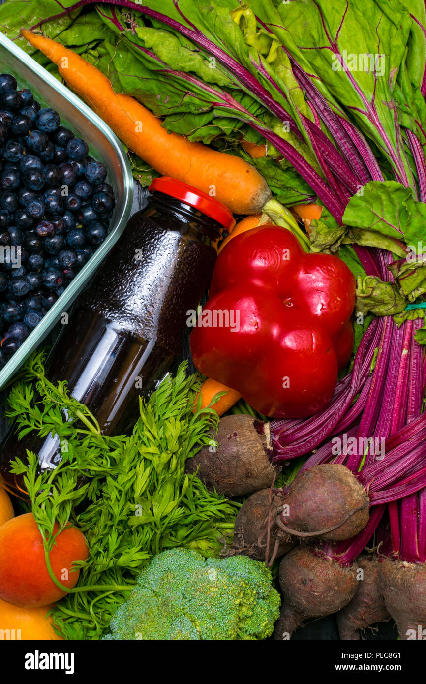vitamin a in vegetable food carrot beet pomegranate juice pepper