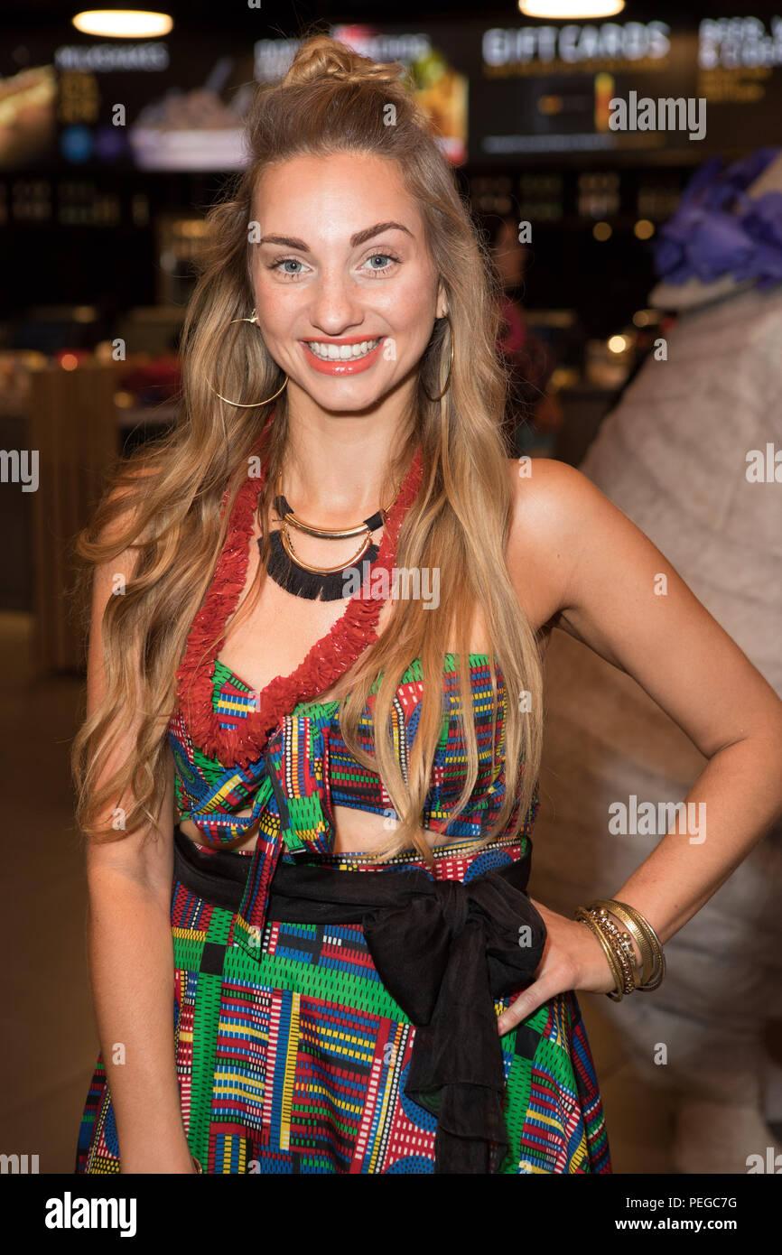 Talia Seider Nude Photos 30