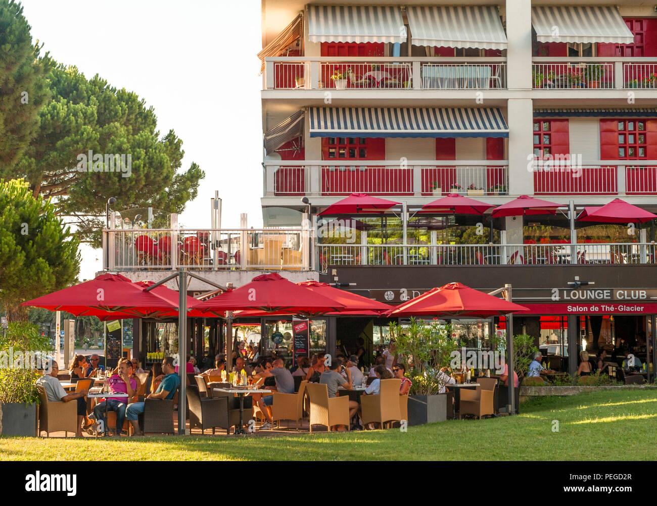 9a9d1f88ce France Cafe Terrace Stock Photos   France Cafe Terrace Stock Images ...
