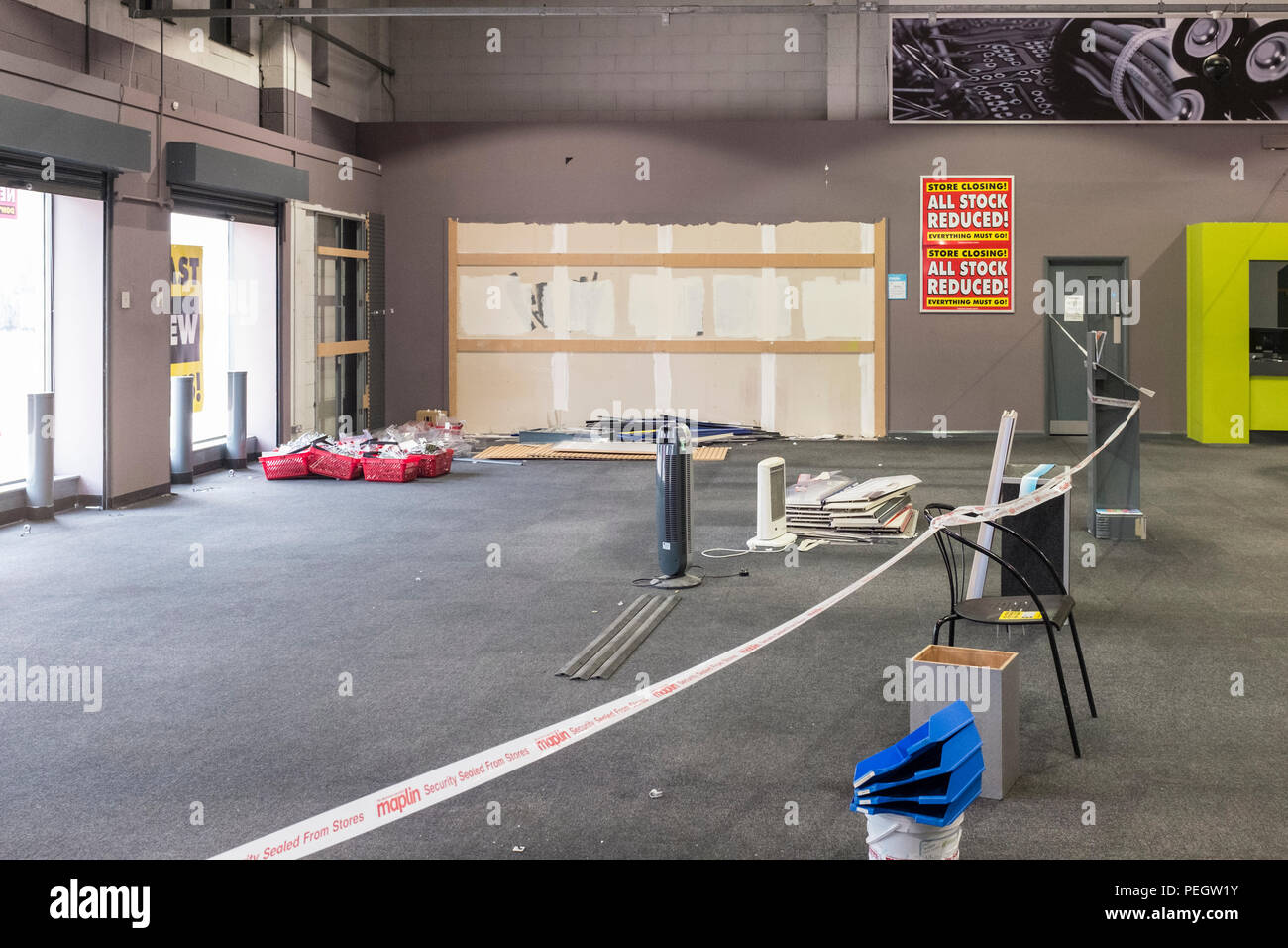 Inside of bankrupt Maplin electrical store, empty shelves, sad sign of the times. - Stock Image
