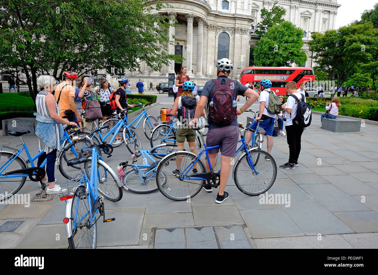 cycling guided tour of central london outside st paul's cathedral, england - Stock Image