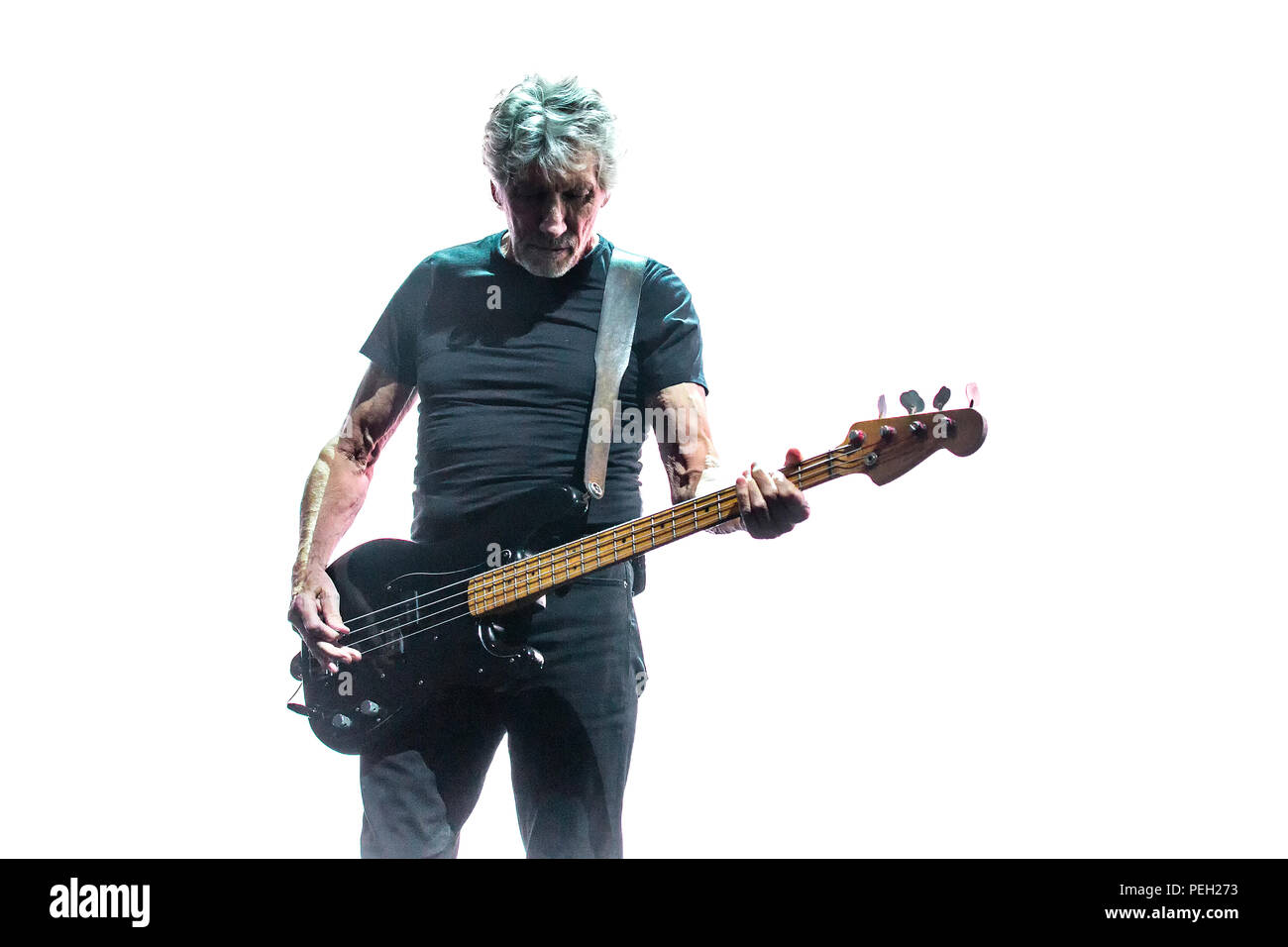 Norway, Oslo - August 14, 2018. The English singer, songwriter and musician Roger Waters performs a live concert at Telenor Arena in Oslo as part of the Us + Them Tour 2018. (Photo credit: Gonzales Photo - Terje Dokken) Credit: Gonzales Photo/Alamy Live News - Stock Image