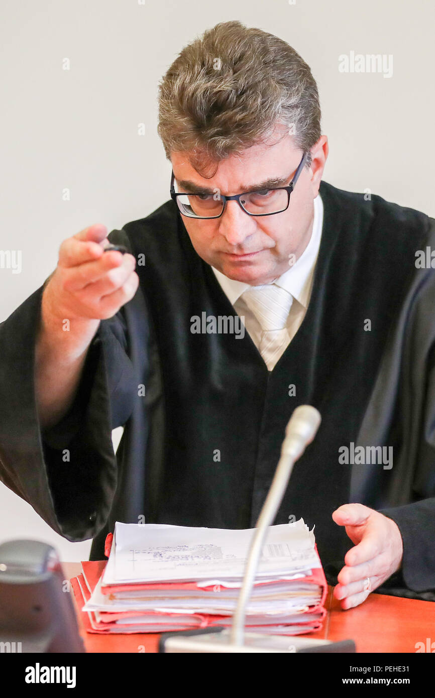 16 August 2018, Germany, Leipzig: Marcus Pirk, judge at the district court, opens a trial concerning a particularly serious breach of national peace. More than two and a half years after the riots of neo-Nazis in Leipzig's Connewitz district, the first defendants face their trial. During the riots on 11 January 2016, the windows of numerous shops were smashed and cars set on fire. Connewitz is considered a stronghold for leftist and autonomous groups.  More than 80 proceedings followed, each with two defen Credit: dpa picture alliance/Alamy Live News Stock Photo