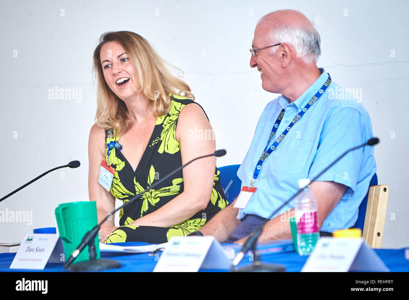 Dave Sivers (R) moderates the New Voices Panel at BeaconLit book festival in Ivinghoe, with debut author Stephanie Marland (L), who writes as Steph Broadribb - Stock Image
