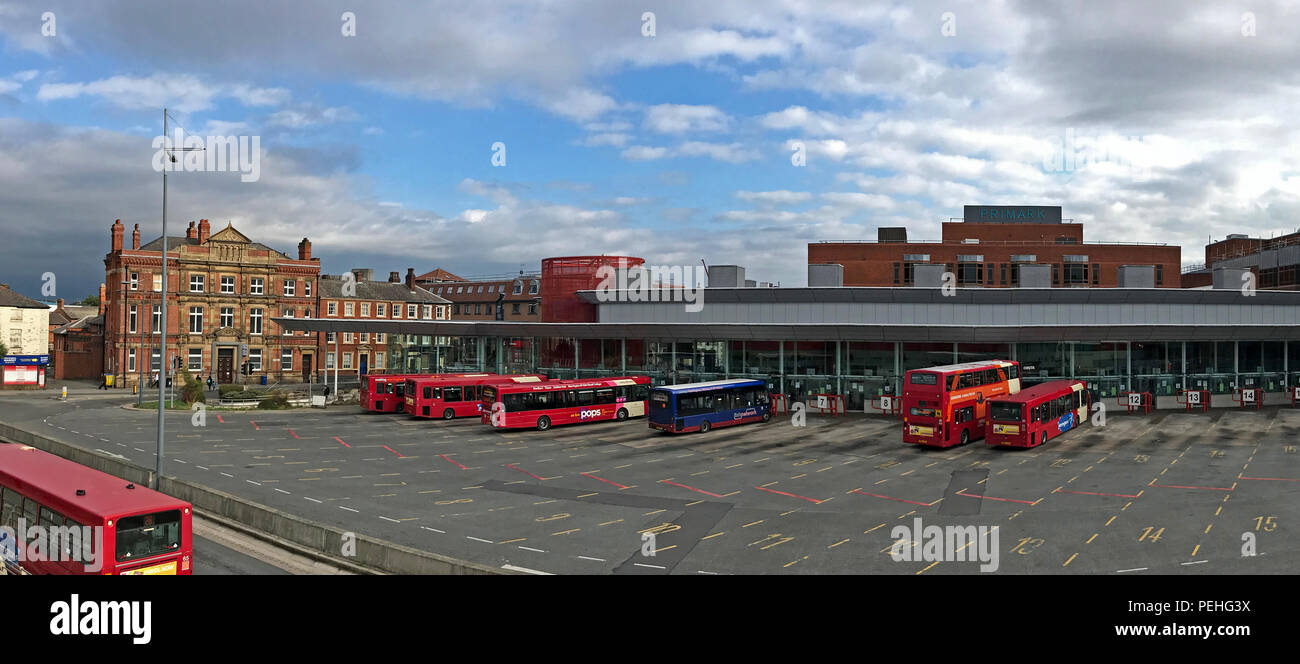 Warrington Interchange / Warrington Bus Station, 7 Winwick St, Cheshire, North West England, UK, WA1 - Stock Image