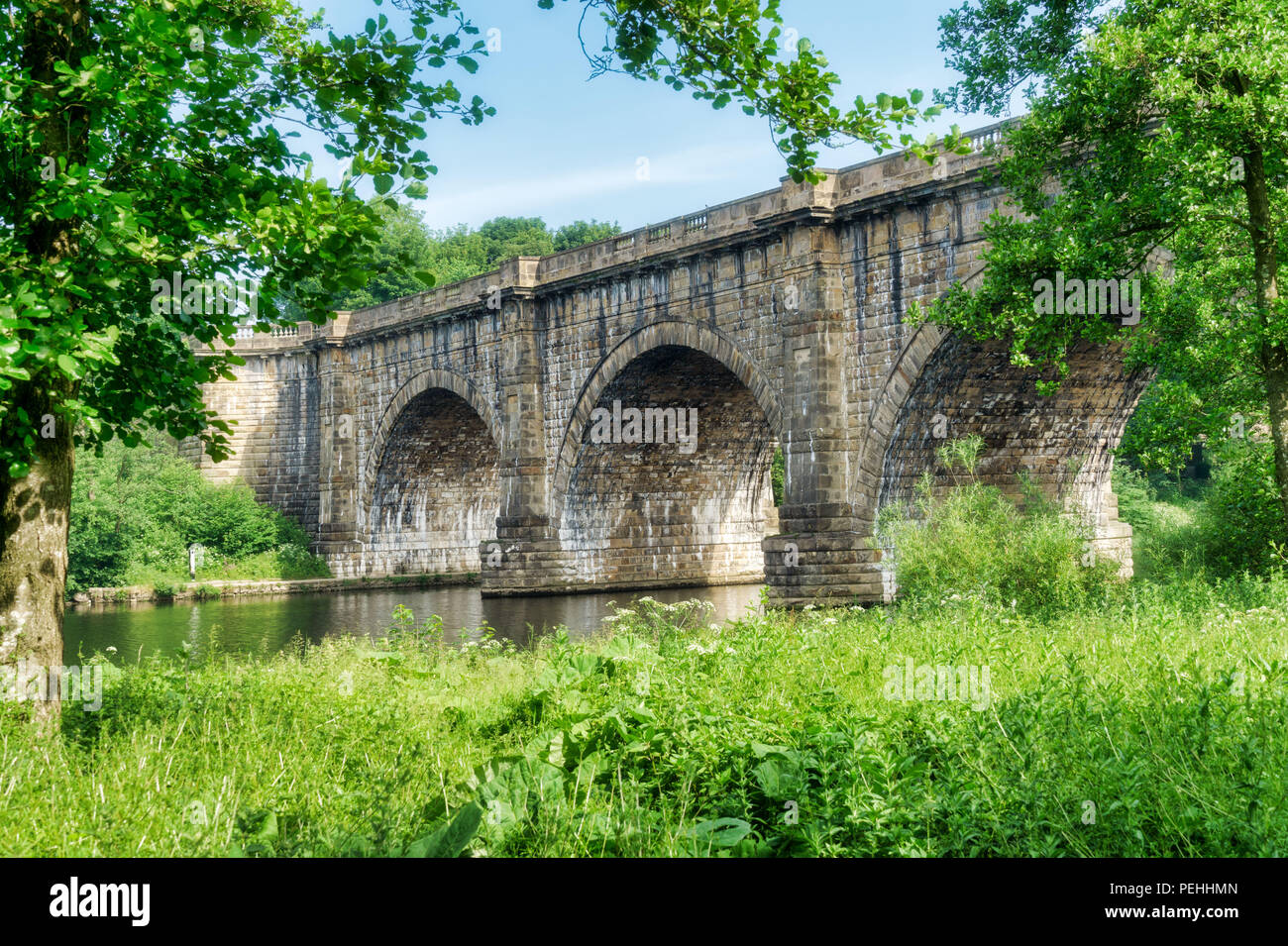 The Lune valley aqueduct, which carries the Lancaster canal over - Stock Image