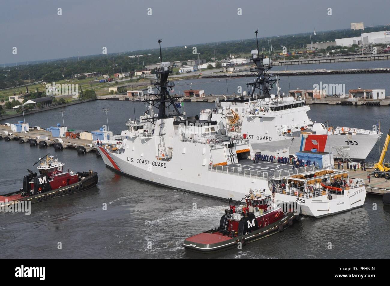 The U.S. Coast Guard Cutter James arrives at its new homeport of Charleston, S.C. Aug. 28, 2015. The James is the fifth of eight planned National Security Cutters – the largest and most technologically advanced class of cutters in the Coast Guard's fleet. (U.S. Coast Guard photo by Petty Officer 1st Class Melissa Leake) - Stock Image