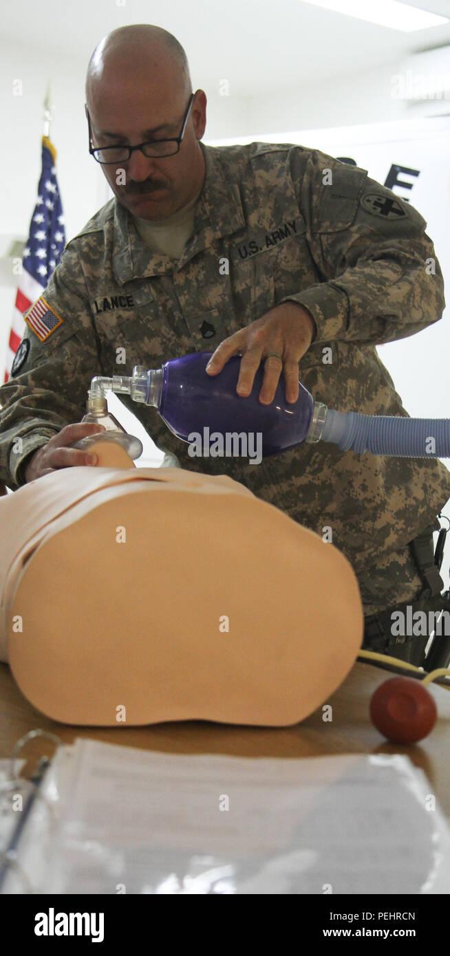 U S Army Staff Sgt Christopher Lance An Emergency Medical