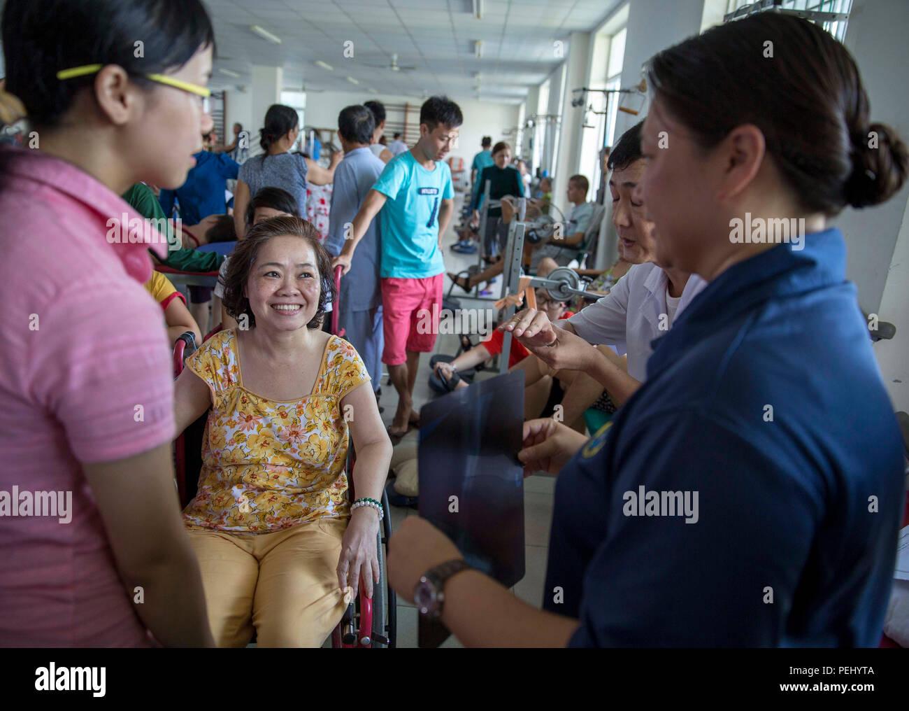 DA NANG, Vietnam (Aug  19, 2015) Lt  Melissa Parks (right), a Navy