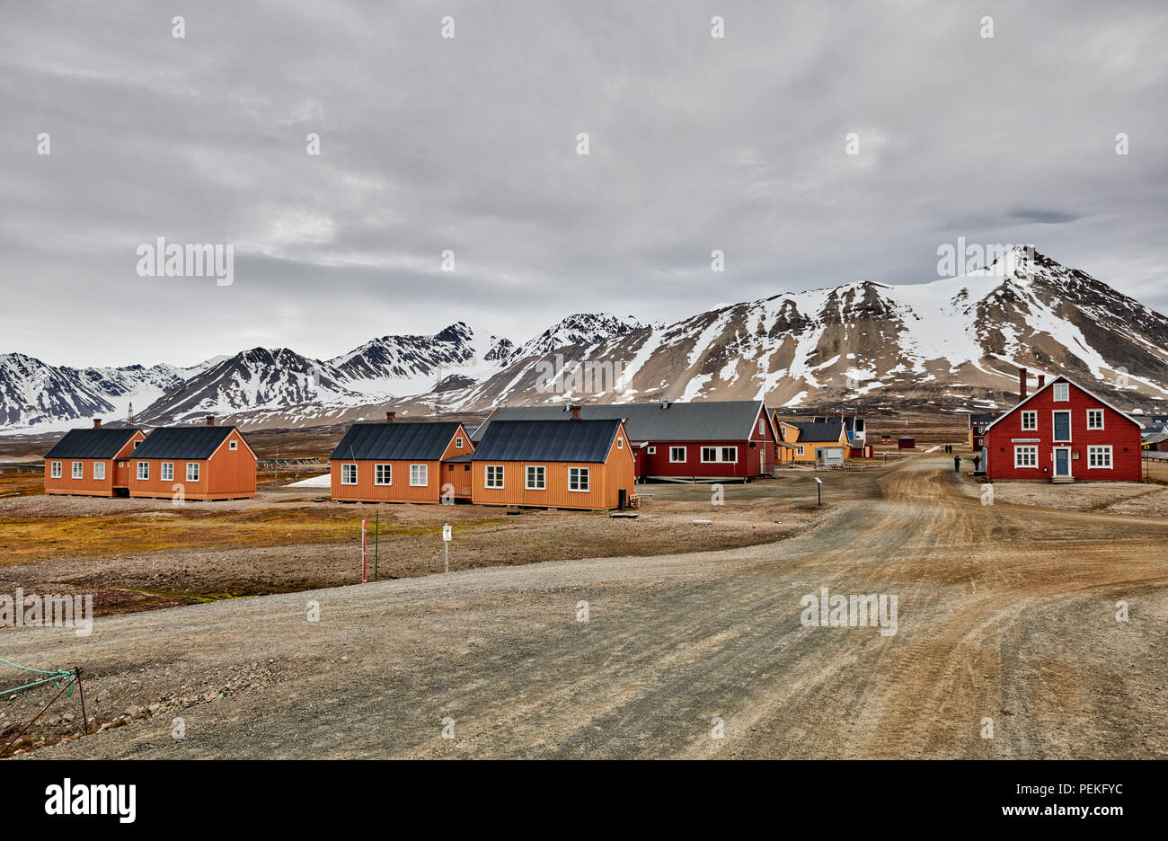 buildings of the Northernmost civilian and functional settlement Ny-Ålesund, Svalbard or Spitsbergen, Europe - Stock Image
