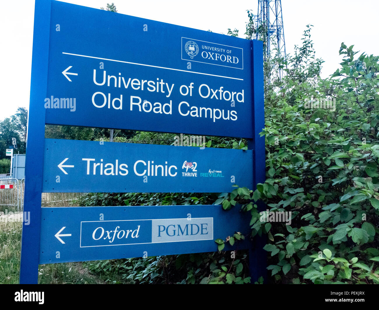 Modern architectural styles at the Oxford University Campus on site at The Churchill Hospital, Oxford Stock Photo