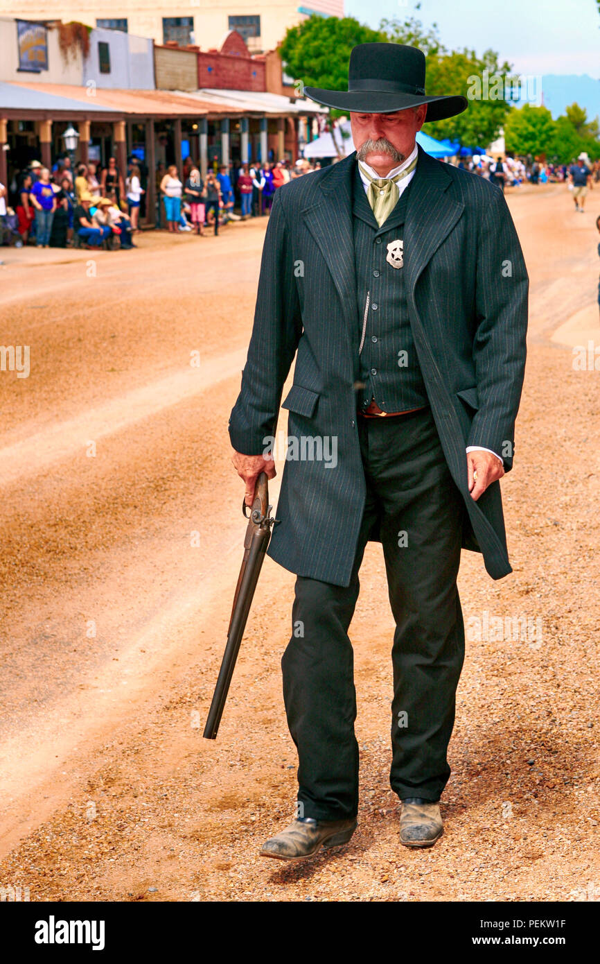 Man dressed as Wyatt Earp at the annual Doc Holiday event in Tombstone, Arizona - Stock Image