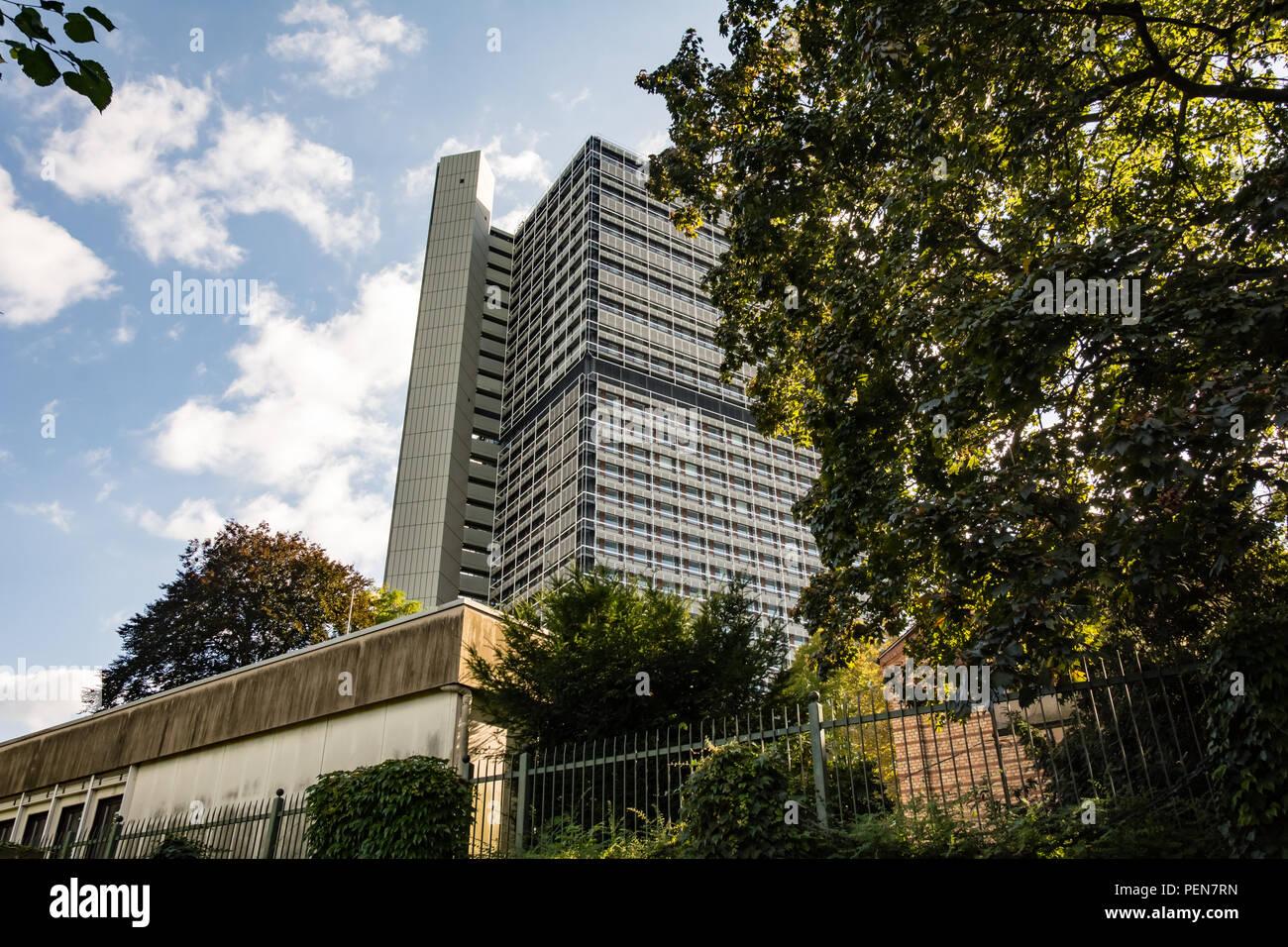 Ehemaliges Regierungsviertel in Bonn, Abgeordnetenhaus 'Langer Eugen' - Stock Image