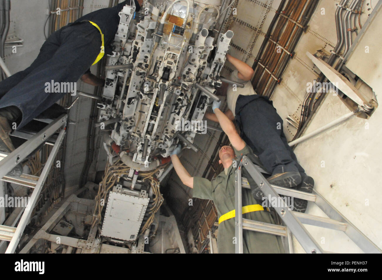 Loose Wiring Stock Photos Images Alamy Maintainer Diagram Three 379th Expeditionary Aircraft Maintenance Squadron Crew Chiefs Perform A Post Flight Inspection On