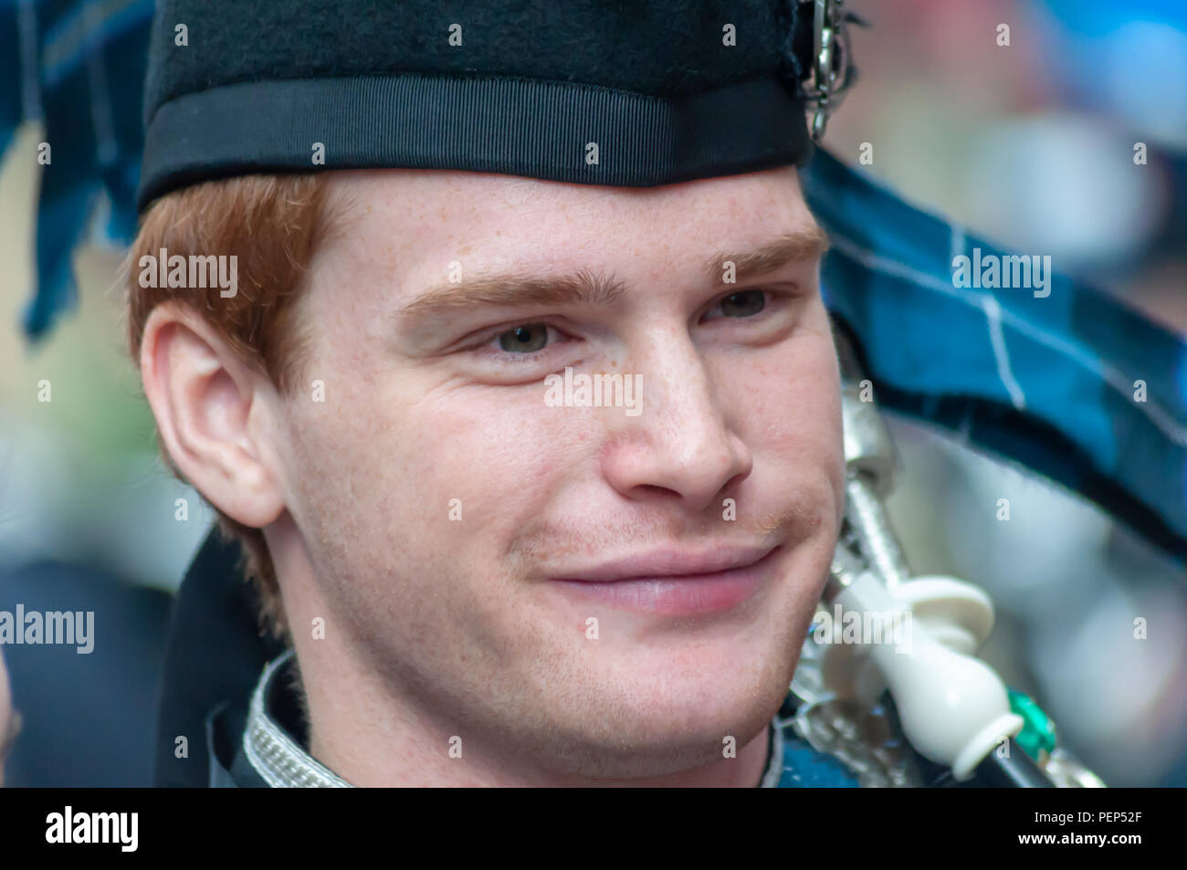 Glasgow Scotland Uk 16th August 2018 A Member Of The Pipers
